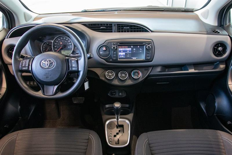 toyota Yaris Hatchback 2018 - 25