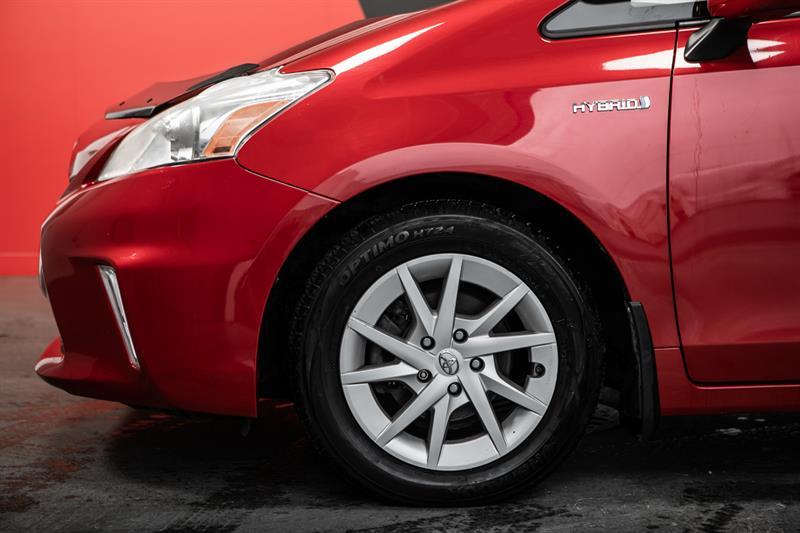 toyota Prius v 2013 - 7