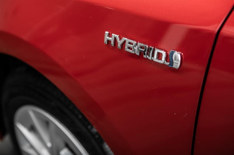 toyota Prius v 2013 - 15