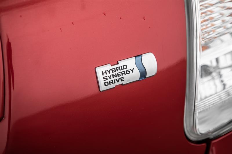 toyota Prius v 2013 - 18