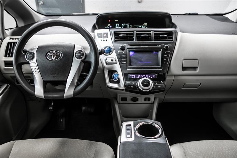 toyota Prius v 2013 - 31