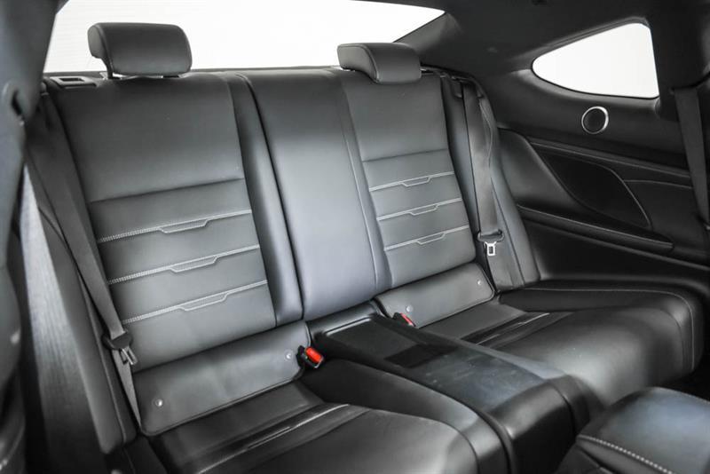 Lexus RC 18