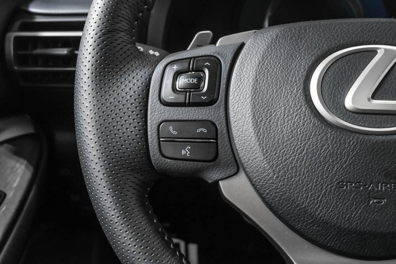 Lexus RC 24