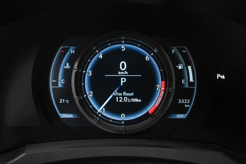 Lexus RC 28
