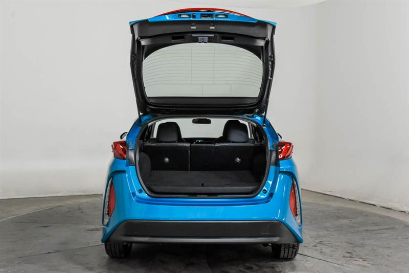 toyota Prius Prime 2019 - 9