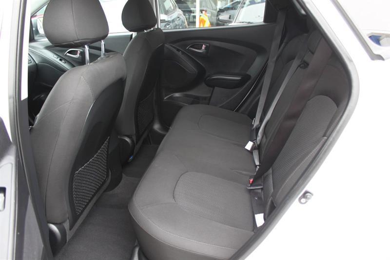 Hyundai Tucson 12