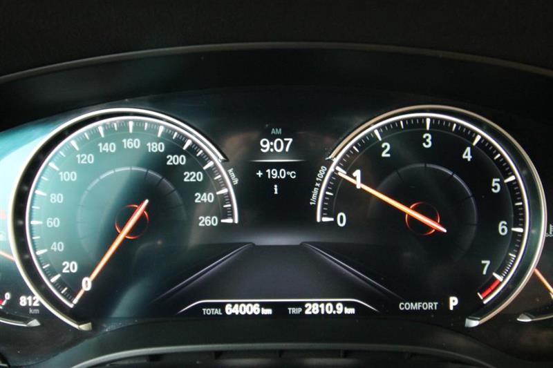 BMW 5 Series 10
