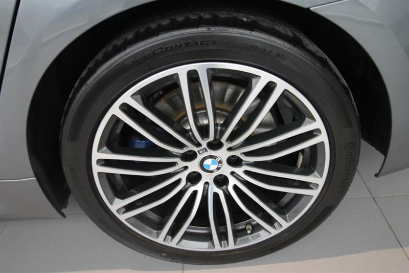 BMW 5 Series 24
