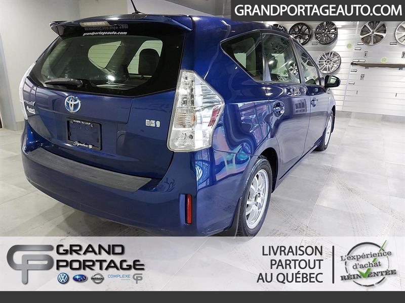 toyota Prius v 2012 - 5