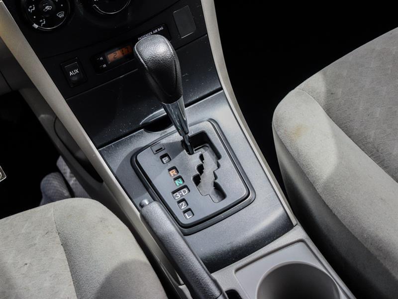 toyota Corolla 2010 - 14