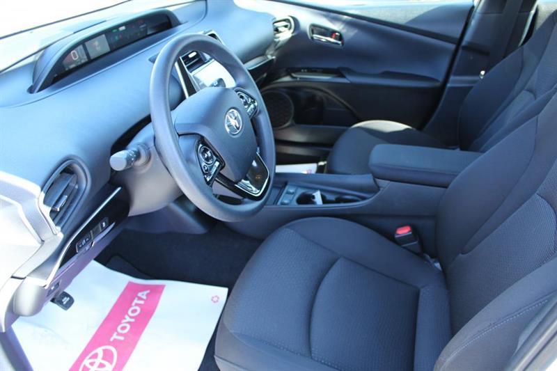 toyota Prius 2020 - 9