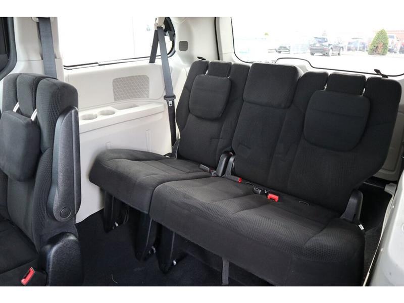 Dodge Caravan 31