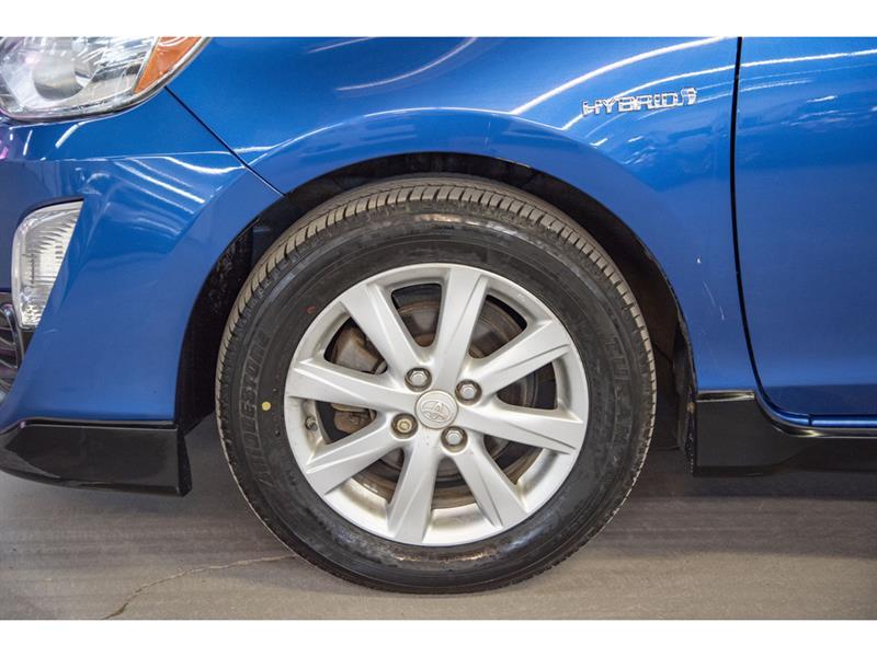 toyota Prius c 2017 - 38