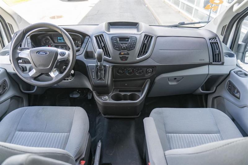 Ford Transit 16