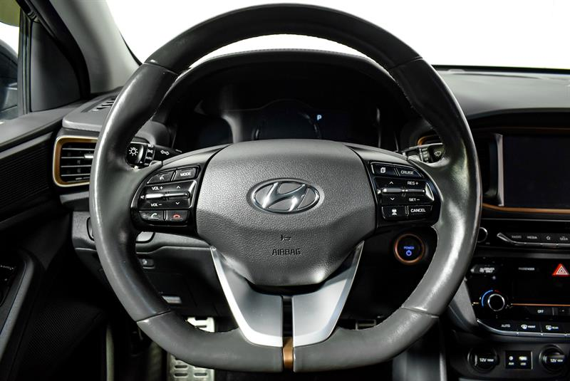 Hyundai Ioniq Hybrid 26