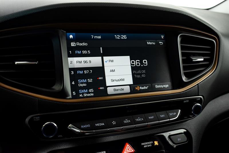 Hyundai Ioniq Hybrid 28
