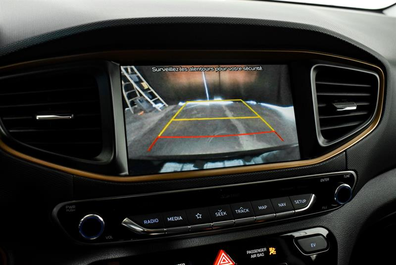 Hyundai Ioniq Hybrid 31