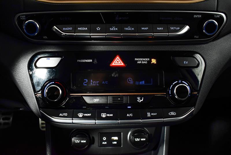 Hyundai Ioniq Hybrid 32