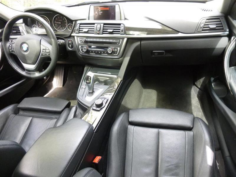 BMW 3 Series Sedan 7