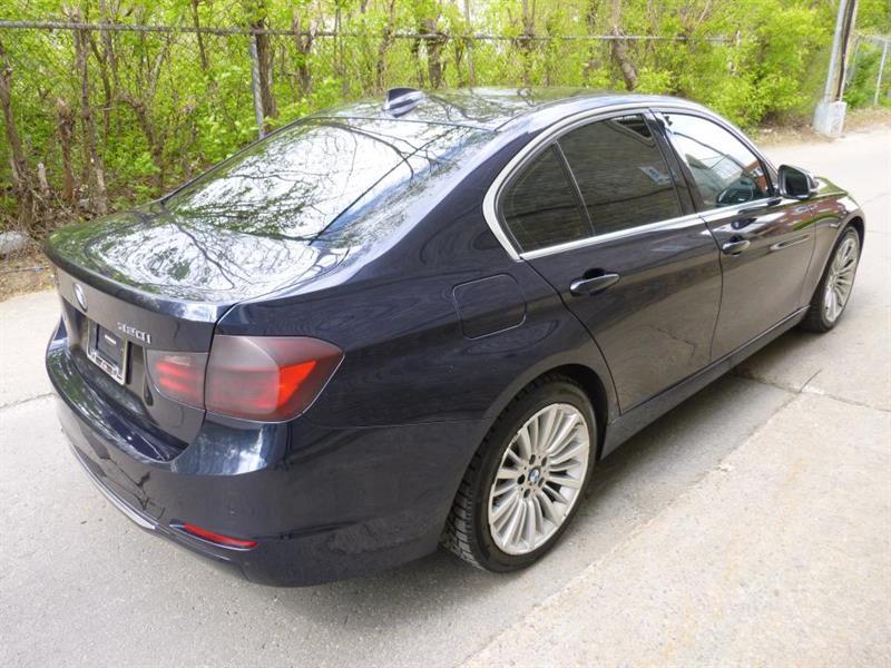BMW 3 Series Sedan 10