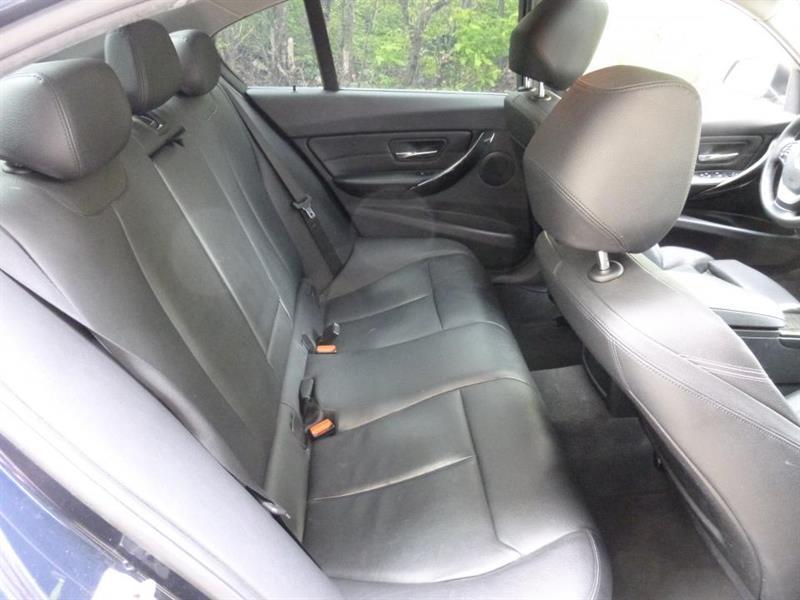 BMW 3 Series Sedan 16