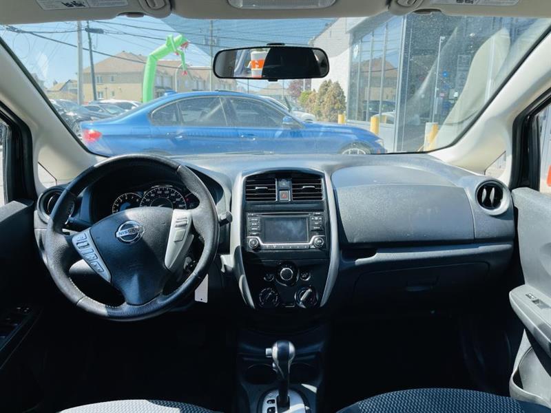 Nissan Versa Note 18