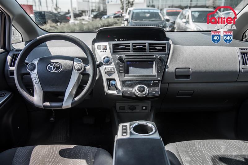 toyota Prius v 2014 - 21