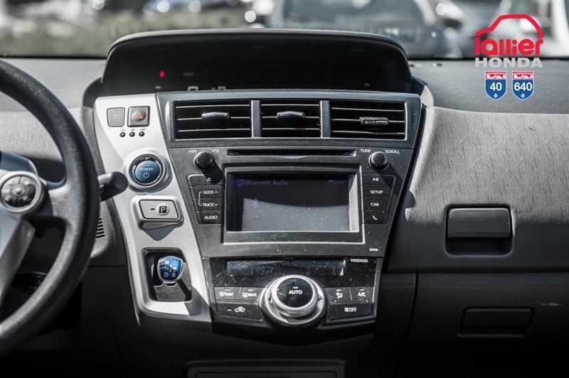 toyota Prius v 2014 - 23
