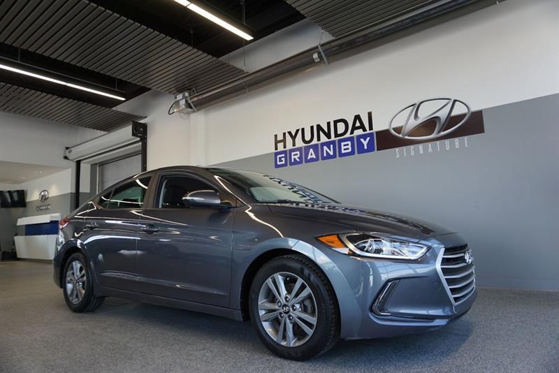 Hyundai Elantra Sedan 1