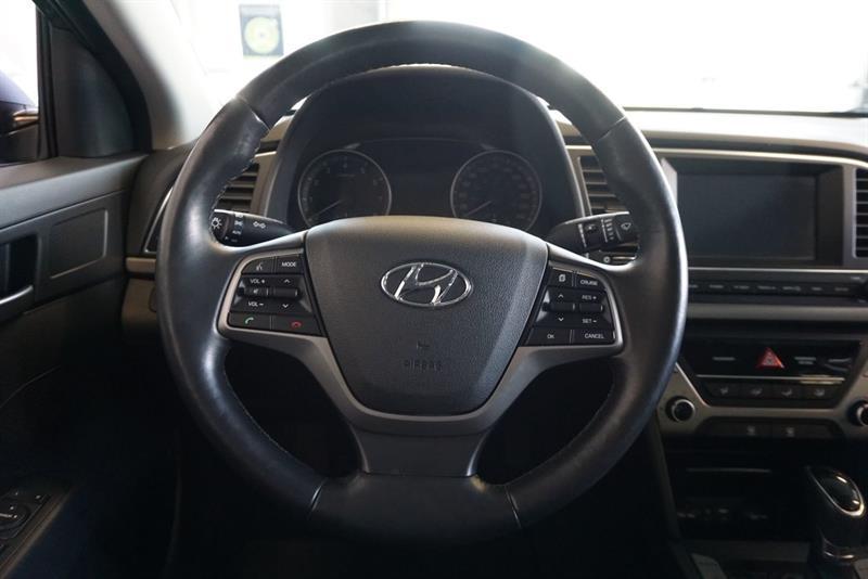 Hyundai Elantra Sedan 27