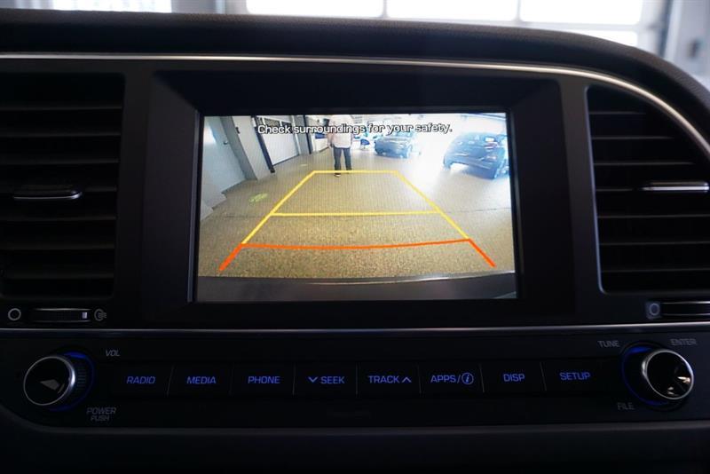 Hyundai Elantra Sedan 34