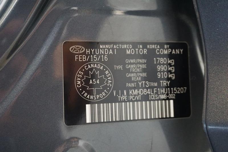 Hyundai Elantra Sedan 53