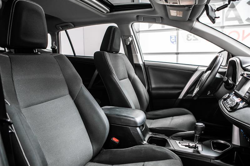 toyota RAV4 Hybrid 2016 - 36