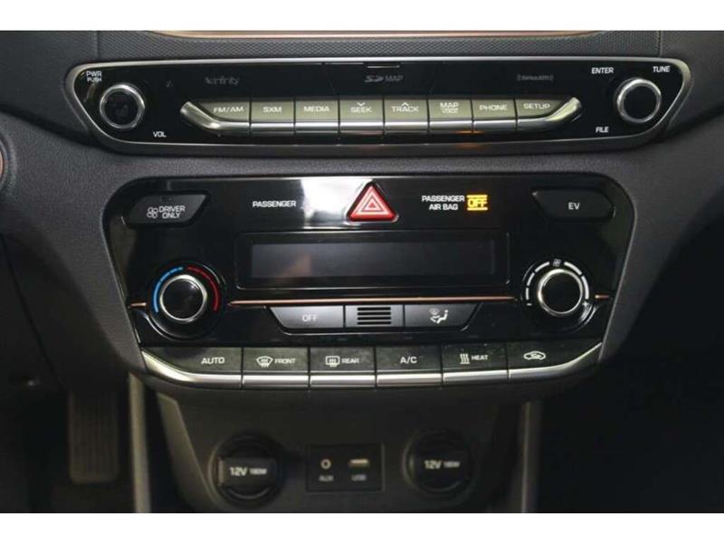 Hyundai Ioniq 23