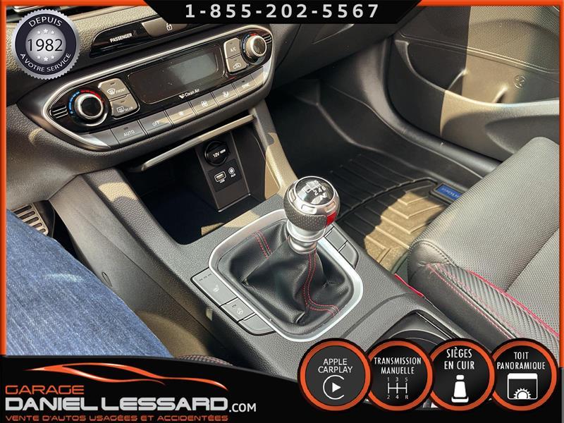 Hyundai Elantra GT 28