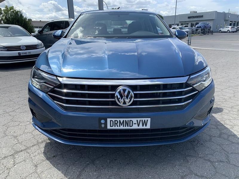 Volkswagen Jetta Sedan 12