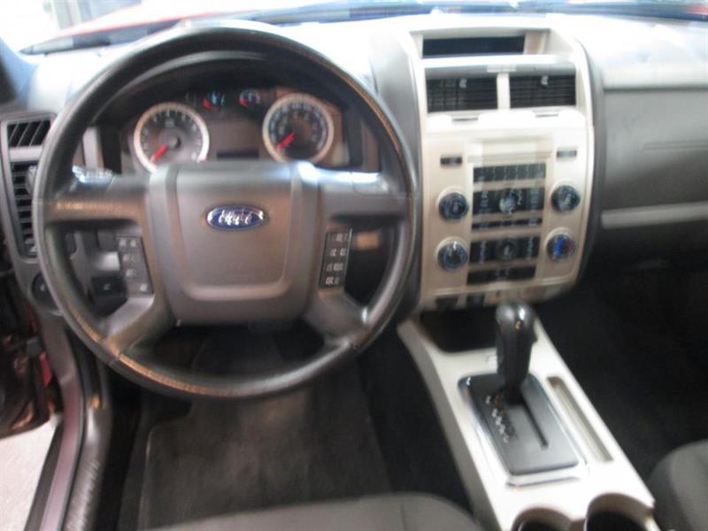 Ford Escape 28
