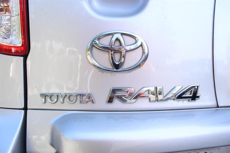toyota RAV4 2010 - 7