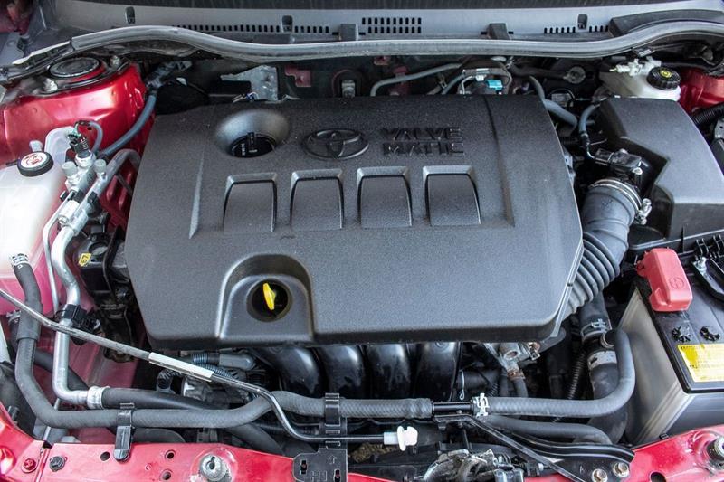 toyota Corolla iM 2017 - 31