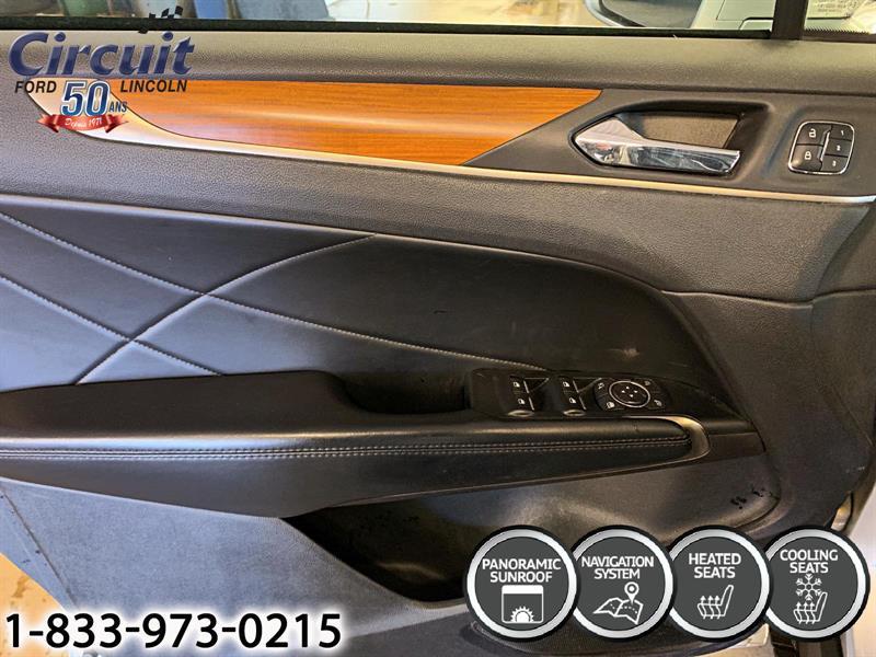 Lincoln MKC 6