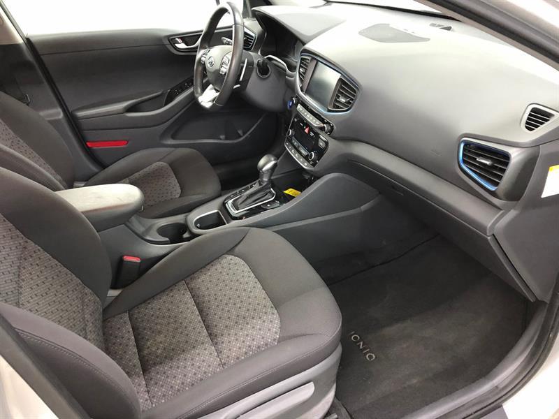 Hyundai Ioniq 16