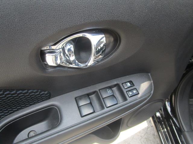 Nissan Versa Note 25