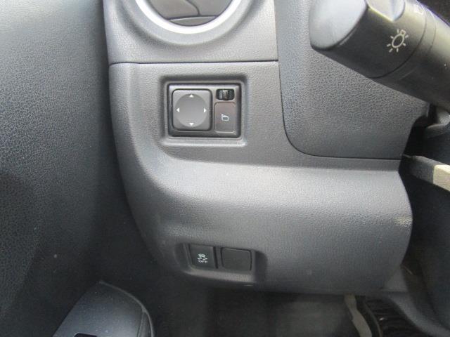 Nissan Versa Note 32