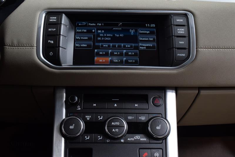 Land Rover Range Rover Evoque 29