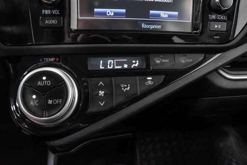 toyota Prius c 2016 - 26