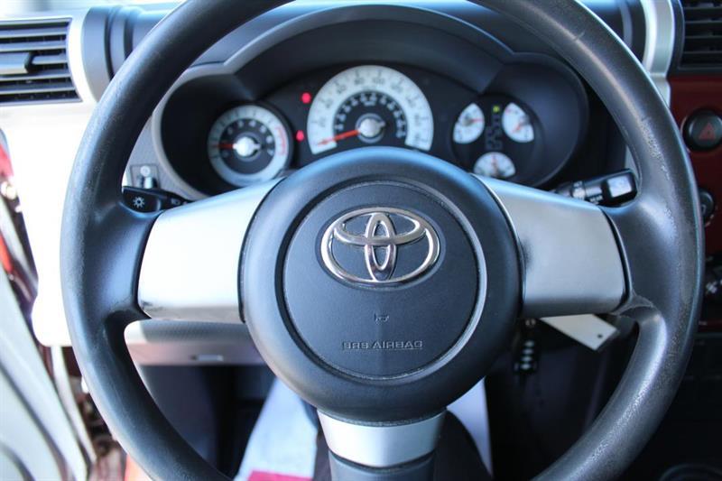 toyota FJ Cruiser 2008 - 16