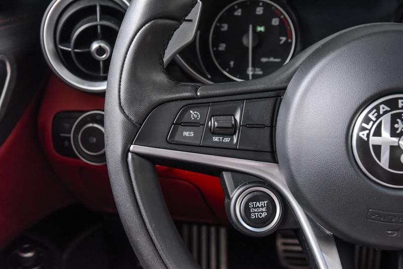 Alfa Romeo Giulia 22