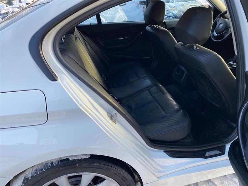 BMW 3 Series 8