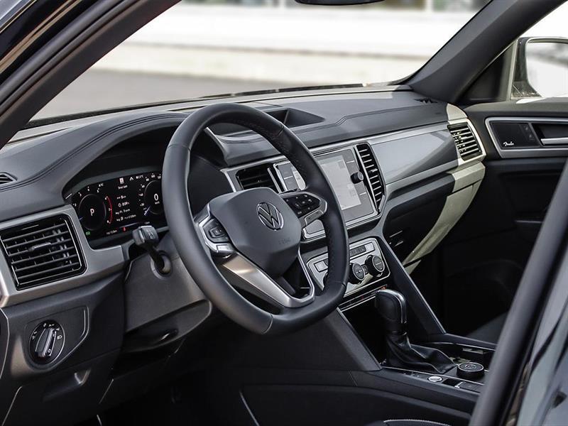 Volkswagen Atlas 12