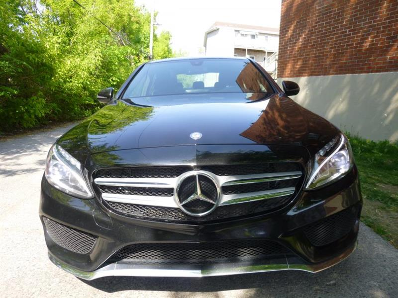 Mercedes-Benz C-Class Sedan 1